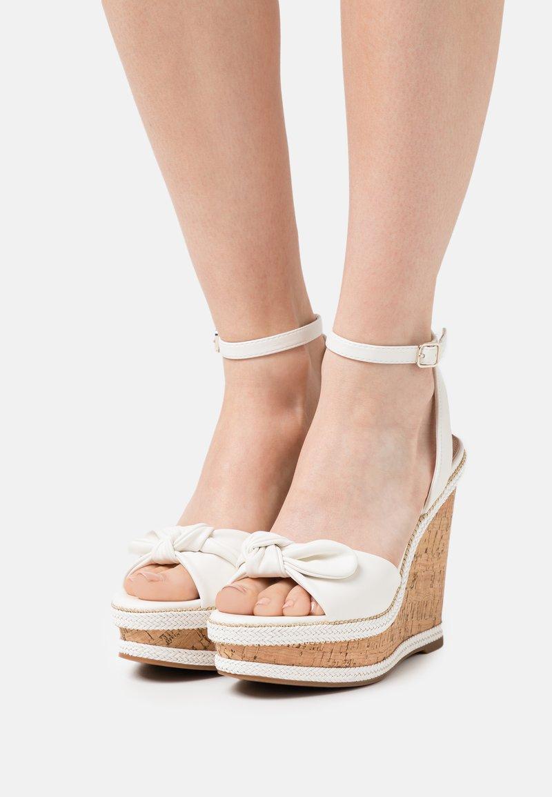 ALDO - ABAWEN - Platform sandals - white