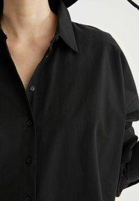 DeFacto - OVERSIZED - Button-down blouse - black - 4