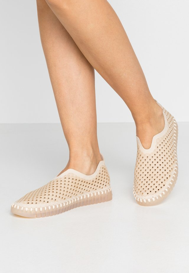 TULIP LUX - Slippers - kit