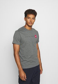 The North Face - NEVER STOP EXPLORING TEE - Print T-shirt - mottled grey - 0