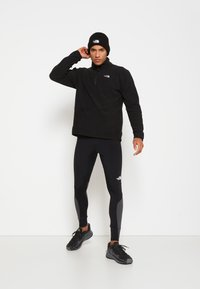 The North Face - GLACIER 1/4 ZIP - Bluza z polaru - black - 3