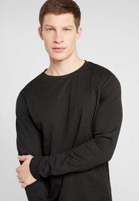 Pier One - Bluzka z długim rękawem - black - 4