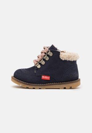 NONOHOOK UNISEX - Lace-up ankle boots - marine
