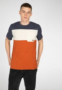 NXG by Protest - Print T-shirt - spicy - 0