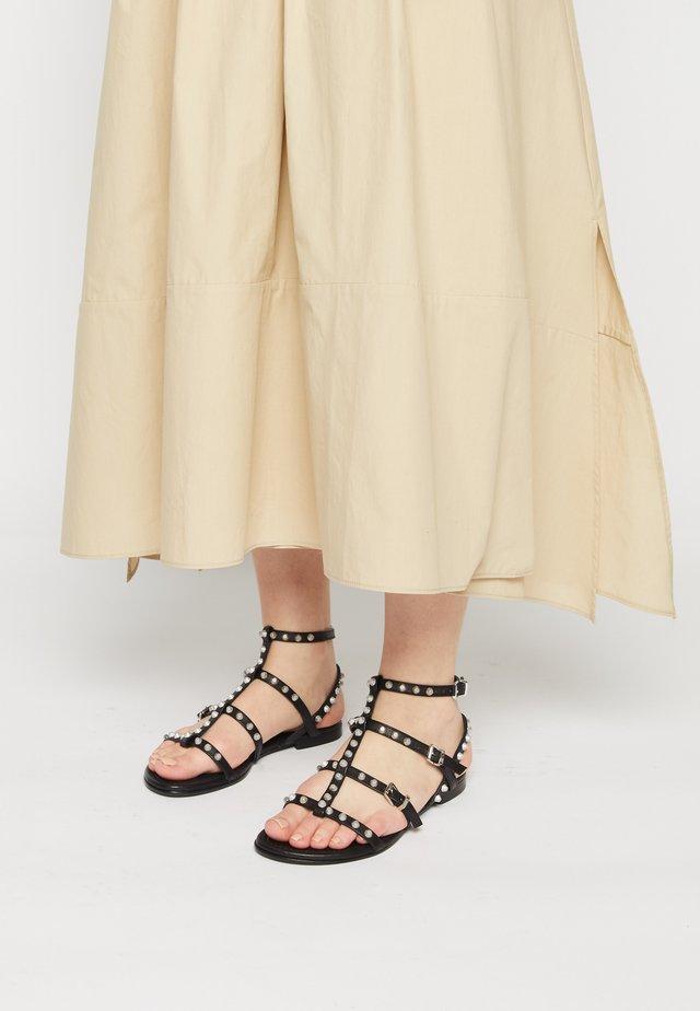 ELLE - Sandals - schwarz/silver