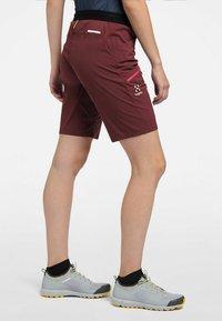 Haglöfs - KURZE WANDERHOSE L.I.M FUSE WOMEN - Outdoor Shorts - maroon red - 0
