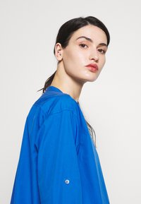 CLOSED - BLANCHE - Blouse - bluebird - 3