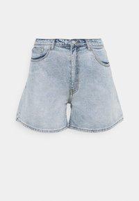 Missguided Plus - PLUS SIZE MOM - Shorts di jeans - blue - 0