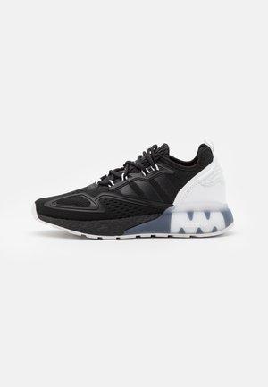 ZX 2K BOOST UNISEX - Tenisky - core black/footwear white