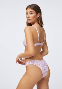 OYSHO - Bikini top - mauve - 2