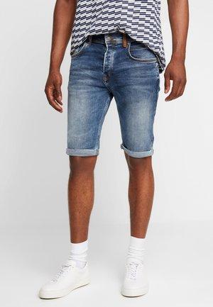CORVIN - Jeans Short / cowboy shorts - aleves wash
