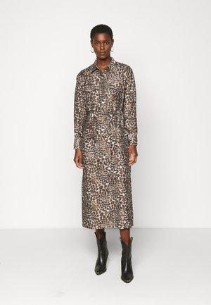 OBJNILLA DRESS TALL - Denní šaty - sandshell