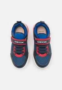 Geox - GRAYJAY BOY - Trainers - navy/red - 3
