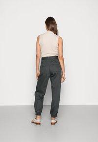 Lounge Nine - BODINA PANT - Trousers - dark shadow - 2