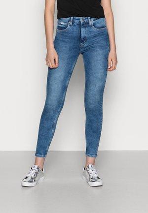 HIGH RISE SUPER SKINNY ANKLE - Skinny džíny - blue