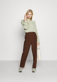 Monki - NAIMA BLOUSE - Button-down blouse - green dusty light - 1