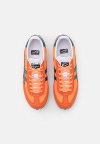 Onitsuka Tiger - EDR 78 UNISEX - Trainers - shocking orange/velvet pine - 3