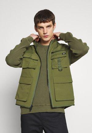 STILLMORE - Waistcoat - army green