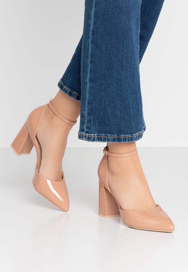 Glamorous Wide Fit - Zapatos altos - nude
