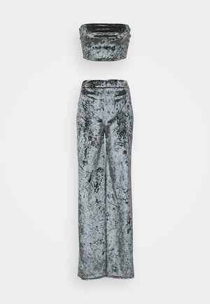 CRUSHED BANDEAU AND TROUSER - Trousers - grey