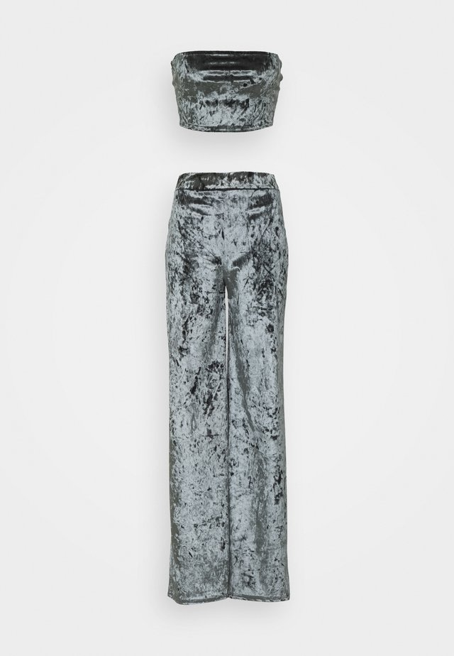 CRUSHED BANDEAU AND TROUSER - Broek - grey