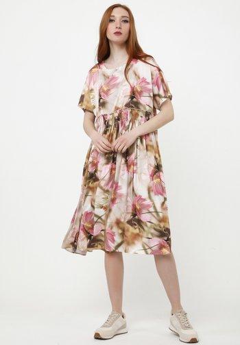 OFELIA - Day dress - beige, rosa