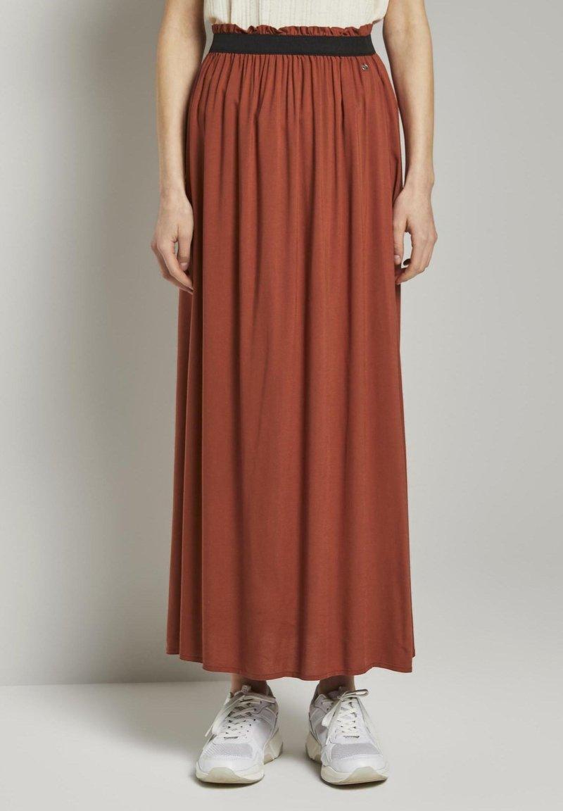 TOM TAILOR DENIM - MIT ELASTISCHEM BUND - Pleated skirt - rust orange