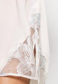 Calvin Klein Underwear - ROBE JAI - Župan - ivory - 4