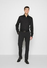 KARL LAGERFELD - MODERN FIT - Camicia elegante - black - 1
