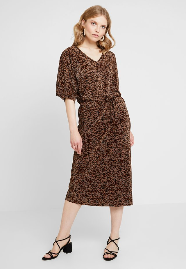 Maxi dress - coffee caramel