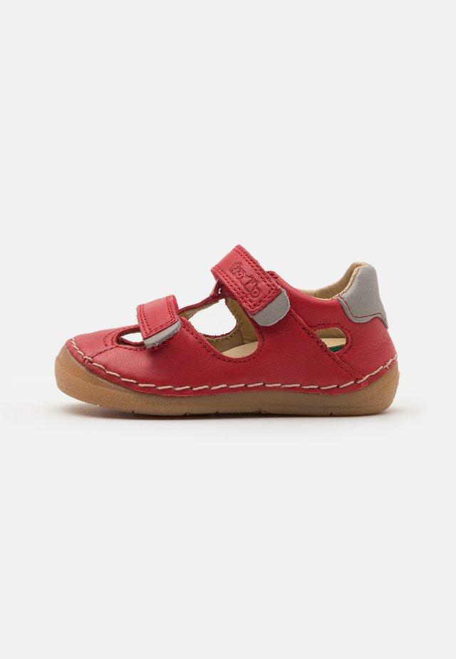 PAIX DOUBLE UNISEX - Ankle strap ballet pumps - red