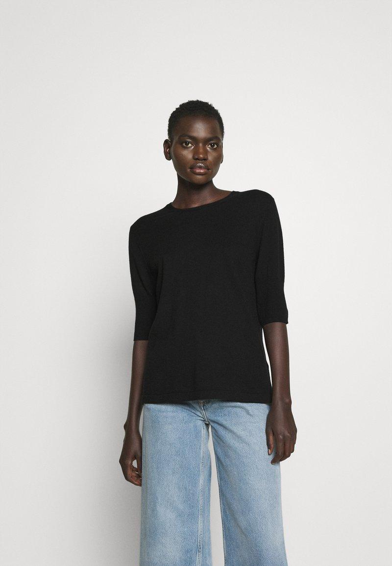 Filippa K - CLAIRE ELBOW SLEEVE - Basic T-shirt - black