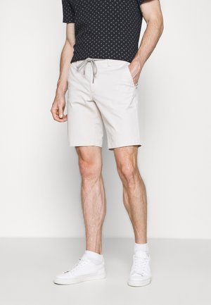 PIGMENT - Shorts - ecru