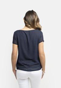 NeroGiardini - T-shirt con stampa - blu - 2