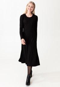 Indiska - ARA - Jumper dress - black - 2