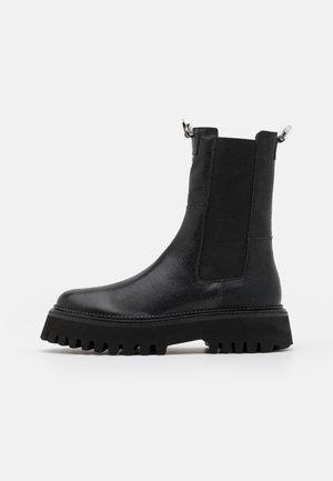 LEATHER - Platåstøvletter - black