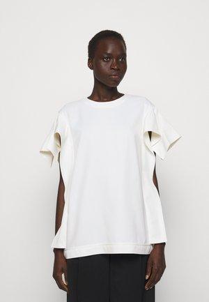 ORIGAMI SLEEVES - Basic T-shirt - ivory