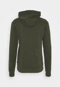 Calvin Klein - LOGO EMBROIDERY HOODIE - Sweat à capuche - green - 8