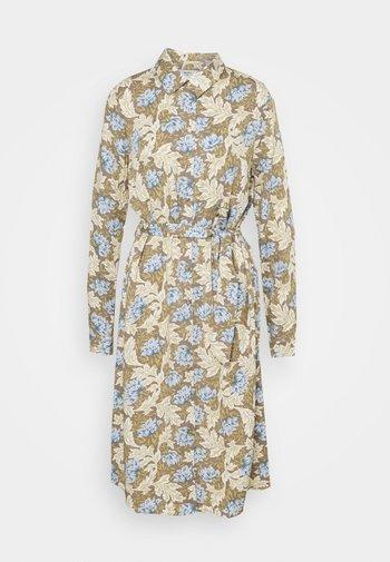 OBJANAIS SHIRT DRESS - Skjortekjole - fossil
