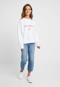 Missguided Petite - FLORIDA GRAPHIC - Sweatshirt - white - 1