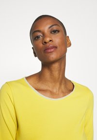 WEEKEND MaxMara - MULTIA - Long sleeved top - gelb - 3