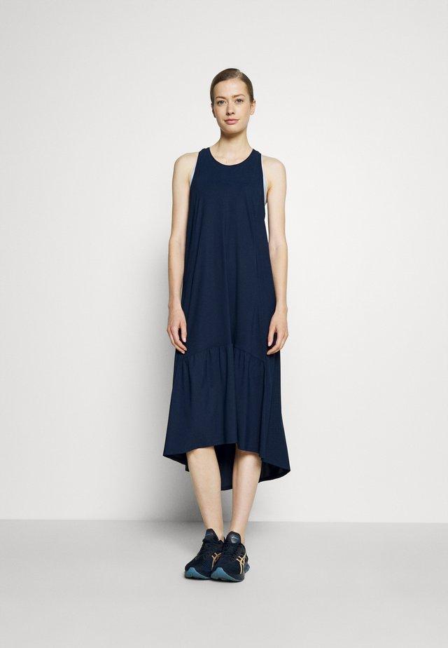 ACE MIDI SMOCK DRESS - Robe de sport - navy blue