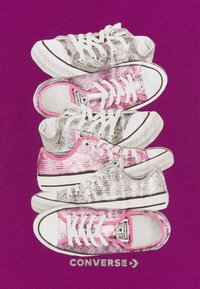 Converse - SHOE STACK TEE - Print T-shirt - icon violet - 2