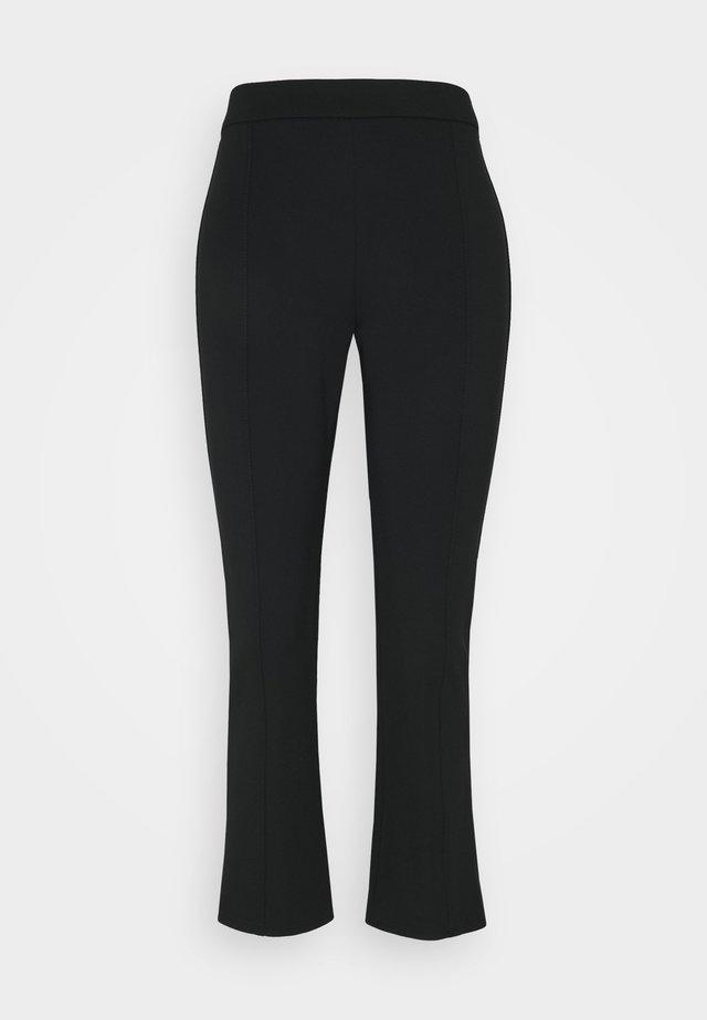 PONTE FLARE PANT - Broek - black