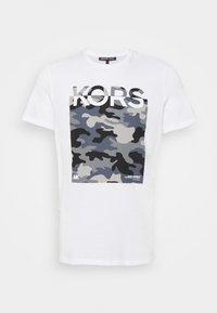 CAMO BLOCK - Print T-shirt - white