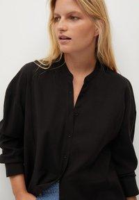 Violeta by Mango - TENCE - Button-down blouse - schwarz - 3