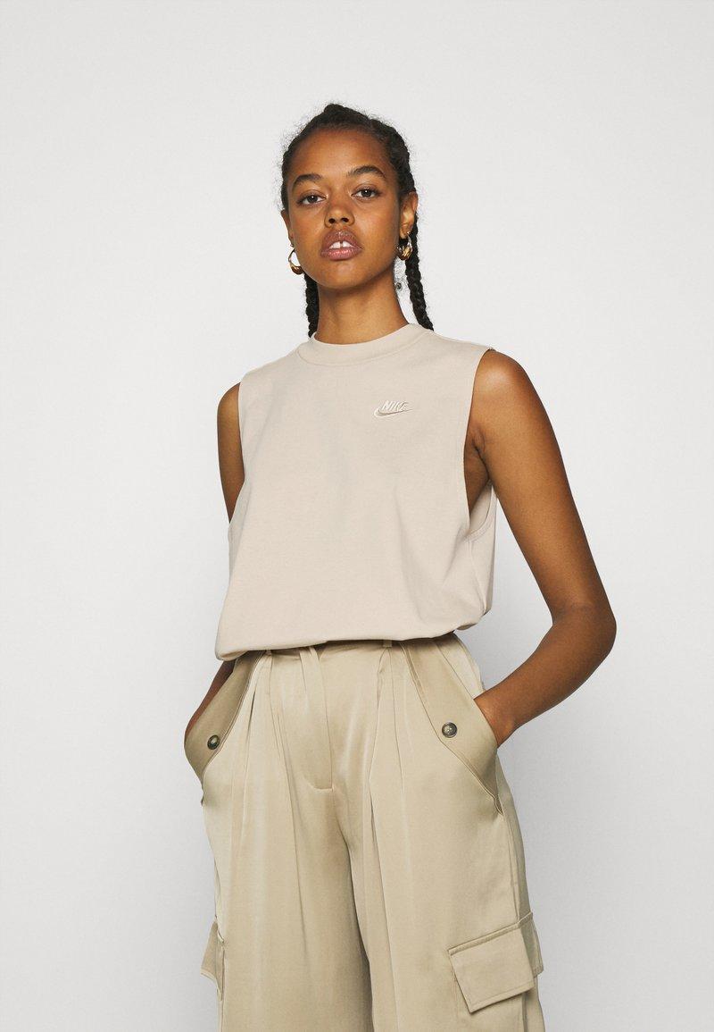 Nike Sportswear - Top - oatmeal