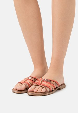 EARLY - Mules - coral