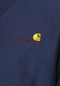 Carhartt WIP - AMERICAN SCRIPT - Collegepaita - space - 4