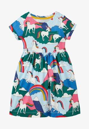 WITZIGES - Jersey dress - bunt, berge mit einhörnern